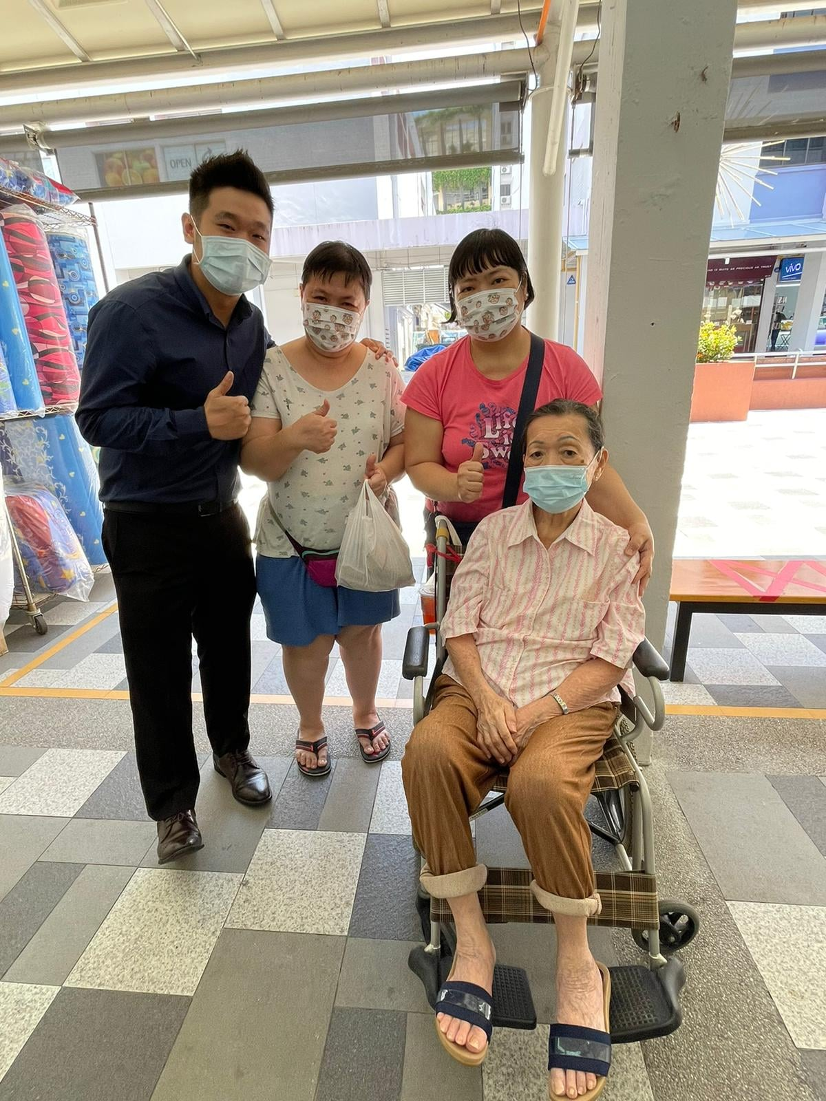 hearing aids user patient with consultant bedok hearing centre